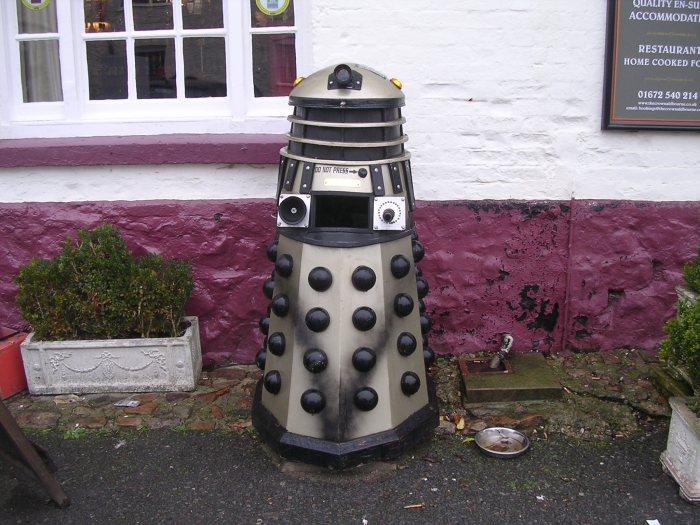 Dalek litter bin - Aldbourne
